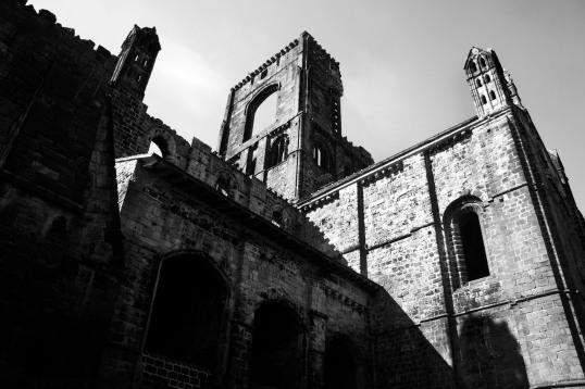 Kirkstall Abbey 4 b&w